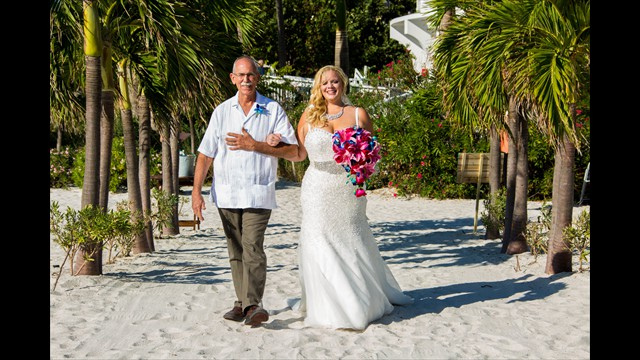 professional wedding photographer, Grand Plaza, St. Pete Beach, avstatmedia.com (10)