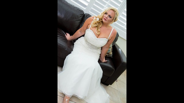 professional wedding photographer, Grand Plaza, St. Pete Beach, avstatmedia.com (6)