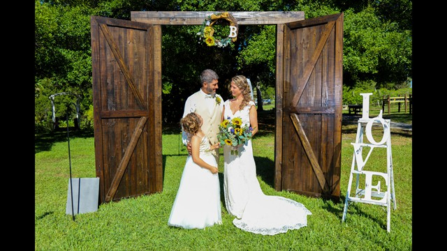 professional wedding photography, Bunker Hill Vineyard, Parrish FL, avstatmedia.com (14)